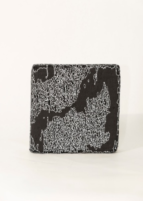 N&B n°53 bis - 25 x 25 cm - acrylique sur bois flotté - © Annie Thérie