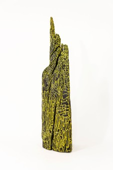Kéops - 13 x 13 x 66 cm - acrylique sur bois flotté - © Annie Thérie
